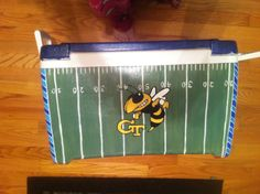 Painted cooler, but Colgate in the middle Painted Coolers, Cooler Painting, Ole Miss, Birthdays, Middle, Artsy, Ice, Diy Crafts, Craft Ideas