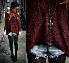 Dark Autumn (by Lua P) http://lookbook.nu/look/2576171-Alainnbella-Jumper-Beginning-Boutique-Shorts