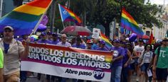 Se celebra en San Juan marcha contra la homophobia -...