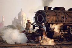 Steve McCurry INDIA. Agra. 1983.