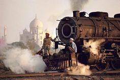 Steve McCurry INDIA. Agra. 1983.