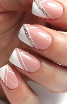 The Best Wedding Nails 2020 Trends  wedding nails trends modern elegant french manicure with silver glitter emotionsssss #weddingforward #wedding #bride #weddingnails #weddingnailstrends Fall Nail Art, Autumn Nails, New Nail Art, Spring Nails, Black Nail Art, Black Nails, White Nails, Nail Art Designs, Ombre Nail Designs