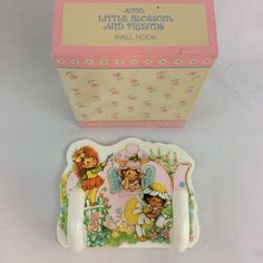 Vintage 1984 Avon Little Blossom And Friends Wall Hook NOS White Pink Flowers #Avon