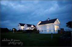 Jonathan Edwards Winery Day Trip, Be Perfect, Big Day, New England, Wedding Venues, Italy, Spaces, Mansions, House Styles