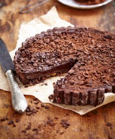 NOMU is an original South African food and lifestyle concept by Tracy Foulkes. Tasty Chocolate Cake, Chocolate Desserts, Chocolate Chip Cookies, Hot Chocolate, Chocolate Heaven, Flourless Chocolate, Decadent Chocolate, Chocolate Lovers, Cookies And Cream Cheesecake
