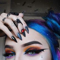 Eye Makeup Art, Goth Makeup, Beauty Makeup, Makeup Tips, Halloween Eye Makeup, Halloween Makeup Looks, Unique Makeup, Pretty Makeup, Cosplay Makeup