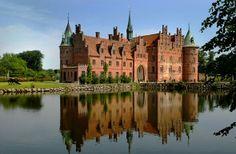 Europe's Most Regal Castles (PHOTOS) - AOL Travel Ideas