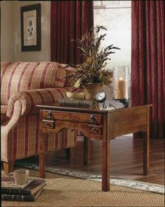 Lexington Bob Timberlake Island Lamp Table Item 833-946