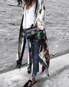 """""""Mi piace"""": 959, commenti: 39 - Jazy goh (@jazy_g) su Instagram: """"in love with this kimono @zara Jeans: @mysteryjaneclothing , slipper: old"""""""