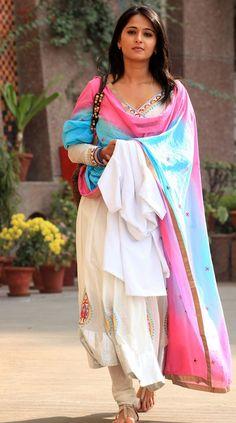 Anushka Shetty the Beautiful Indian Actress.