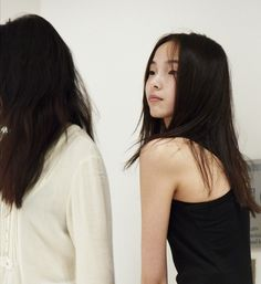 Retoyman Archival Image.JuXiaowen NYFW AW11 in casting. Even candid photos ofJuXiaowen display her spritely attitude and grace.