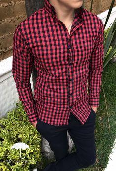 Camisa Slim Fit para hombre de cuadros rojos y marino negros de flores texturizadas en contraste perfecto   Moon & Rain