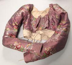 Corsage de robe ou caraco, époque Directoire vers 1795. Thierry de Maigret