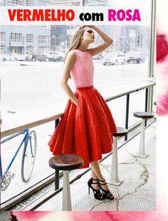 Duas cores vibrantes, na primeira olhada parece que não combinam,   mas olhando bem para o look, ficam lindas juntas! Inove ao vestir sua peça   rosa com vermelho. Use com acessórios neutros como preto, bege ou até mesmo   branco. Algumas imagens para inspirar a produção: