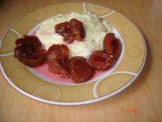 Rezept: Marzipan-Griesbrei mit Pflaumen