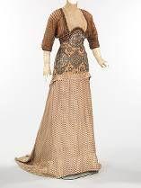 Vintage Dresses from 1910 to 1919 (scheduled via http://www.tailwindapp.com?utm_source=pinterest&utm_medium=twpin&utm_content=post135939105&utm_campaign=scheduler_attribution)