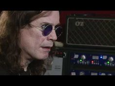 Ozzy listens to Randy Roads solo for the first time.