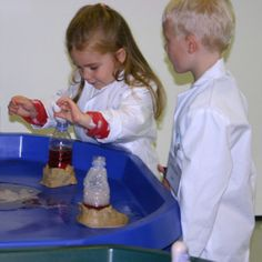 Mini Professors - An exciting programme which opens up a whole new world of scientific adventure to pre-school children. #science #preschool #preschoolclasses #preschoolactivities
