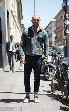 Not a lot of people an carry off a denim on denim look Stylish Men, Men Casual, Milan Vukmirovic, Denim Jacket Men, Denim Jackets, Street Wear, Men Street, Shirt Style, Men Dress