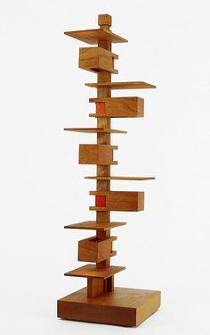 Frank Lloyd Wright Miniature Taliesin III Accent Lamp   Cat Tree Idea