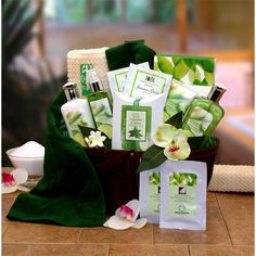 The all-natural Cucumber Melon Calming Spa Gift Basket is a unique gift that offers wonderful treatments for body, mind and soul. This bamboo basket feature Jasmine green tea to calm the mind, a revitalizing face mask, nourishing hand cream and more.
