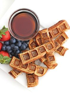 Two breakfast classics come together in these easy to make and fun to eat French Toast Waffle Sticks. No forks needed! Yummy Waffles, Pancakes And Waffles, Pancakes Cinnamon, Fluffy Waffles, Foods With Iron, Iron Foods, Waffle Sticks, French Toast Waffles, Waffle Maker Recipes