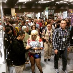This is just 1 of 100s of rows 7 minutes after #Seattle's #ECCC opened this Saturday. It was awesomely packed with fans of all sorts @ #EmeraldCityComicCon #2016!