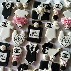 Classy and Fabulous Coco Chanel themed baby shower cookies welcoming baby Sienna #decoratedcookies #customsweets #customcookies #sugarcookies #cookiesofinstagram #intacookies #cookielove #cookieart #cookiefun #edibleart #sugarart #cocochanel #chanel #chanelcookies #babyshower #babyshowercookies #Sienna