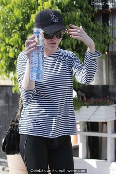 Kirsten Dunst leaves a gym workout in los angeles photo gallery Los Angeles Pictures, Kirsten Dunst, Gym Workouts, Celebrity, Leaves, Events, Tops, Women, Fashion
