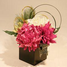 Flower Arrangements Simple, Artificial Flower Arrangements, Floral Centerpieces, Artificial Flowers, Ikebana, Flower Crown, Flower Art, Silk Flowers, Paper Flowers