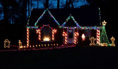 gingerbread house all decorated for Christmas Christmas Lights Outside, Hanging Christmas Lights, Christmas Yard Art, Christmas Decorations For The Home, Christmas Projects, Xmas Decorations, Christmas Diy, Holiday Decor, White Christmas