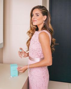 Getting ready for the @Tiffanyandco event a few weeks ago in NYC for their new fragrance - a heavenly scent of iris. The perfect finishing touch before heading out. #TiffanyFragrance #AllYouNeed #sponsored