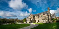 An Elizabethan manor house set in beautiful countryside in Snowdonia, North Wales. The amazing architecture matched only by the rich and fascinating history Welsh Cottage, Snowdonia, North Wales, Amazing Architecture, Countryside, Mansions, History, House Styles, Holiday