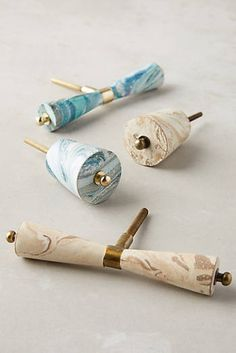 Discover sale hardware at Anthropologie, including sale knobs, hooks, finials, curtain rods and more.
