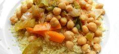 Cous Cous alla Carlofortina #ricettedisardegna #cucina #sarda #sardinia #recipe Oriental, Black Eyed Peas, Couscous, Chana Masala, Slow Cooker, Oatmeal, Traditional, Meals, Fruit