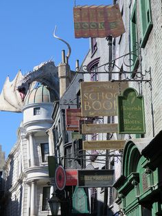 Universal Studios-Islands of Adventure December 2014 // UOR - Diagon Alley // Photo by: PNLT_BX // IMG_2624