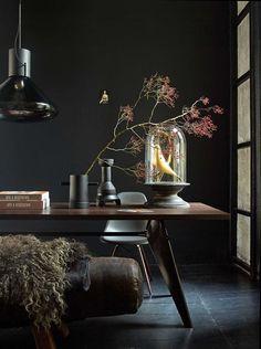 Best Living Room Ideas With Black Walls 04 Estilo Interior, Interior Styling, Interior Decorating, Interior Design, Dark Interiors, Colorful Interiors, Rooms Ideas, Black Rooms, Bedroom Black