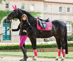 El rosa, equitación solidaria