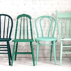 #DIY: Get different wooden chairs from thrift stores and paint them all the same color. I love this idea image via @sfgirlbybay