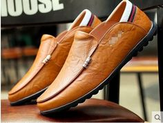 Hot 2017 Men's leather and recreational leather shoes breathable lazy people shoe trends doug spring new men's shoes / Men's Leather, Leather Shoes, Lazy People, Spring New, Men's Boots, Men S Shoes, New Man, Loafers Men, Oxford Shoes