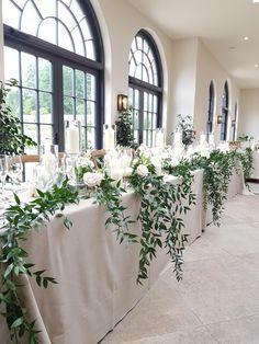Bridal Table, Wedding Table Centerpieces, Flower Centerpieces, Wedding Decorations, Table Decorations, Centerpiece Ideas, Wedding Events, Wedding Reception, Budget Wedding