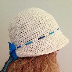 Crochet Hat, Off-white Hat with Lace Bowknot, Women and Girls Accessories, Spring and Summer