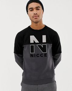 Discover men's hoodies & sweatshirts on sale at ASOS. Choose from the latest collection of hoodies & sweatshirts for men and shop items on sale. Shirt Print Design, Tee Shirt Designs, Hoodies For Sale, Men's Hoodies, Herren Style, Sports Hoodies, Marca Personal, Herren Outfit, Mode Online