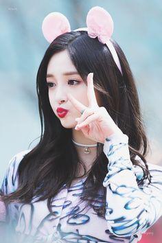 dedicated to female kpop idols. Kpop Girl Groups, Korean Girl Groups, Kpop Girls, Extended Play, Ioi Pinky, Pledis Girlz, Aesthetic Women, Fandom, Girl Day