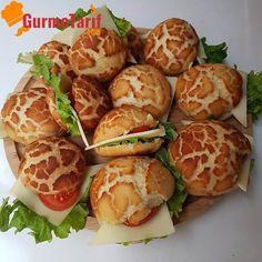 Bugün çok lezzetli sandviç ekmekleri hazırlıyoruz. Bazıları bu sandviçe zebra sandviç diye adlandırsa da