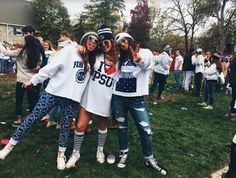 Every reason why Penn State is infinitely better than Wisconsin College Games, College Game Days, College Life, Go Best Friend, Best Friend Goals, College Outfits, School Outfits, College Fashion, Penn State Game