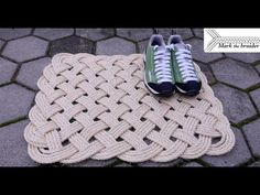 In this video I show you how to make a proper, large rectangular rope mat. This design is very appropriate for a door mat. I used inch rope for th. Paracord Knots, Rope Knots, Sisal, Rope Rug, Textiles, Decoration, Sewing Patterns, Weaving, Crafty