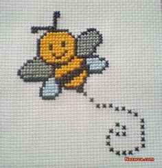 Bumble Bee Counted Cross Stitch Kit 6 Count for Children by CordylionCreatives on Etsy Mini Cross Stitch, Cross Stitch Cards, Cross Stitch Animals, Counted Cross Stitch Kits, Cross Stitching, Cross Stitch Embroidery, Embroidery Patterns, Hand Embroidery, Cross Stitch Designs