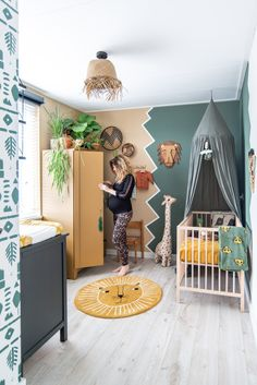 Bohemian jungle nursery Nurseryroom with green, plants and jungle. Baby Room Boy, Baby Bedroom, Baby Room Decor, Girl Room, Kids Bedroom, Boy Toddler Bedroom, Baby Rooms, Jungle Room, Jungle Nursery