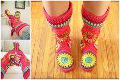 The Perfect DIY Crochet Hexagon Slipper Boots Free Pattern - http://theperfectdiy.com/the-perfect-diy-crochet-hexagon-slipper-boots-free-pattern/ #crafts, #crochet, #DIY, #DIYCrafts, #freepattern, #gift, #Giftidea, #handmade, #howto, #slipperboots, #wonderfulDIY